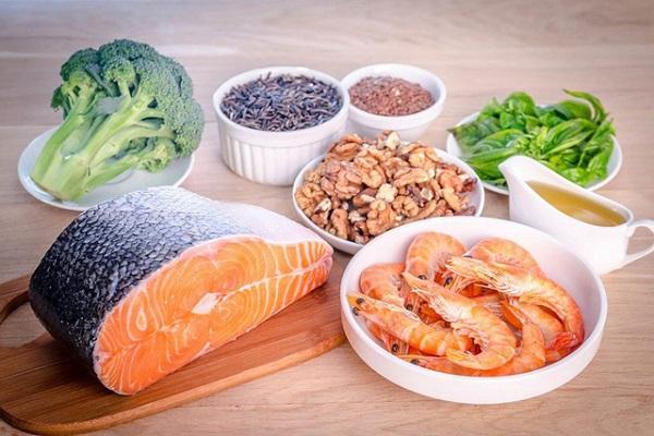 Cường giáp kiêng ăn gì và nên ăn gì?