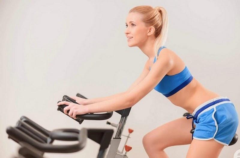Giảm mỡ bụng nhanh chóng bằng cách tập luyện tăng cường