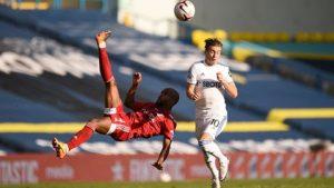 Soi kèo Leeds vs West Ham tại Dabet
