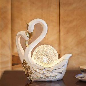 Chim thiên nga là biểu tượng đẹp cho tình yêu đôi lứa