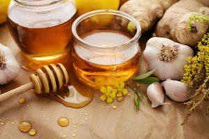 Minh họa tỏi và mật ong